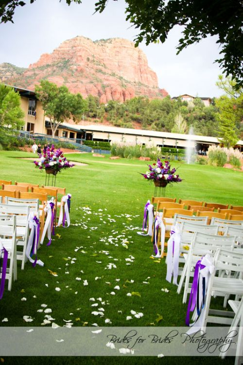 Amazing Red Rock Views as a backdrop for your Wedding Ceremony at Poco Diablo Resort