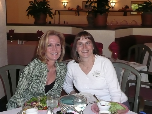 Kathy Chambers, Mulligans Grille on the Green (left) with Jill Kyriakopulos