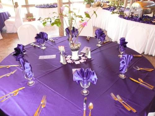 Custom Linen Colors Offered at Poco Diablo Resort