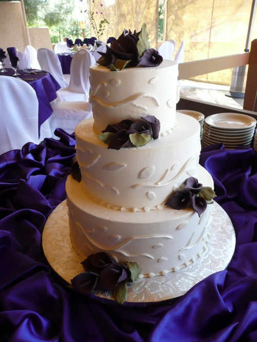 Donna Joy, Sedona Sweet Arts, Created the delicious two flavored wedding cake