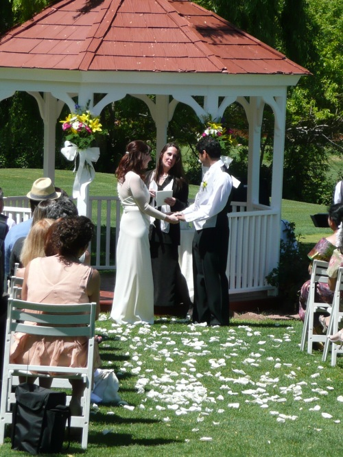 Jessica and Siva Exchanging Vows