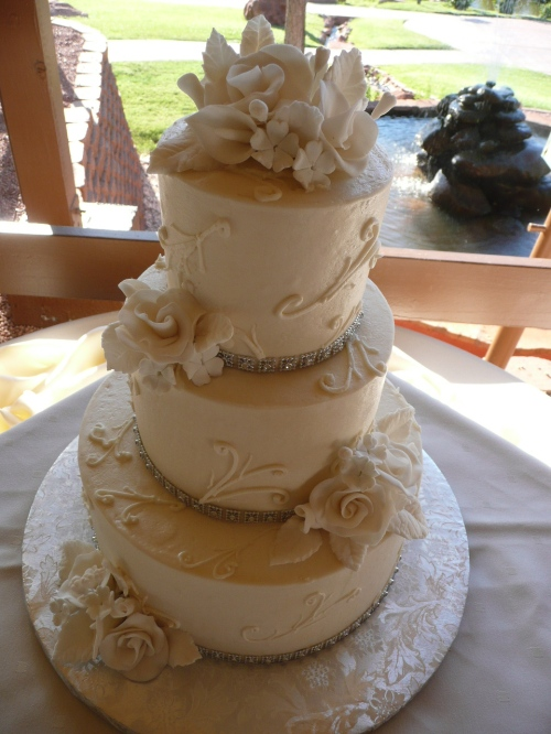 Jamie and Brad's Exquisite Wedding Cake by Donna Joy, Sedona Sweet Arts