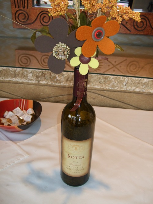 Creative Centerpieces with Personalized Wine Label