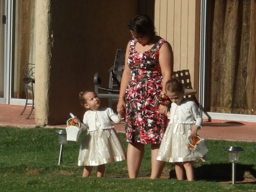 Rachel and Peter had two adorable flower girls