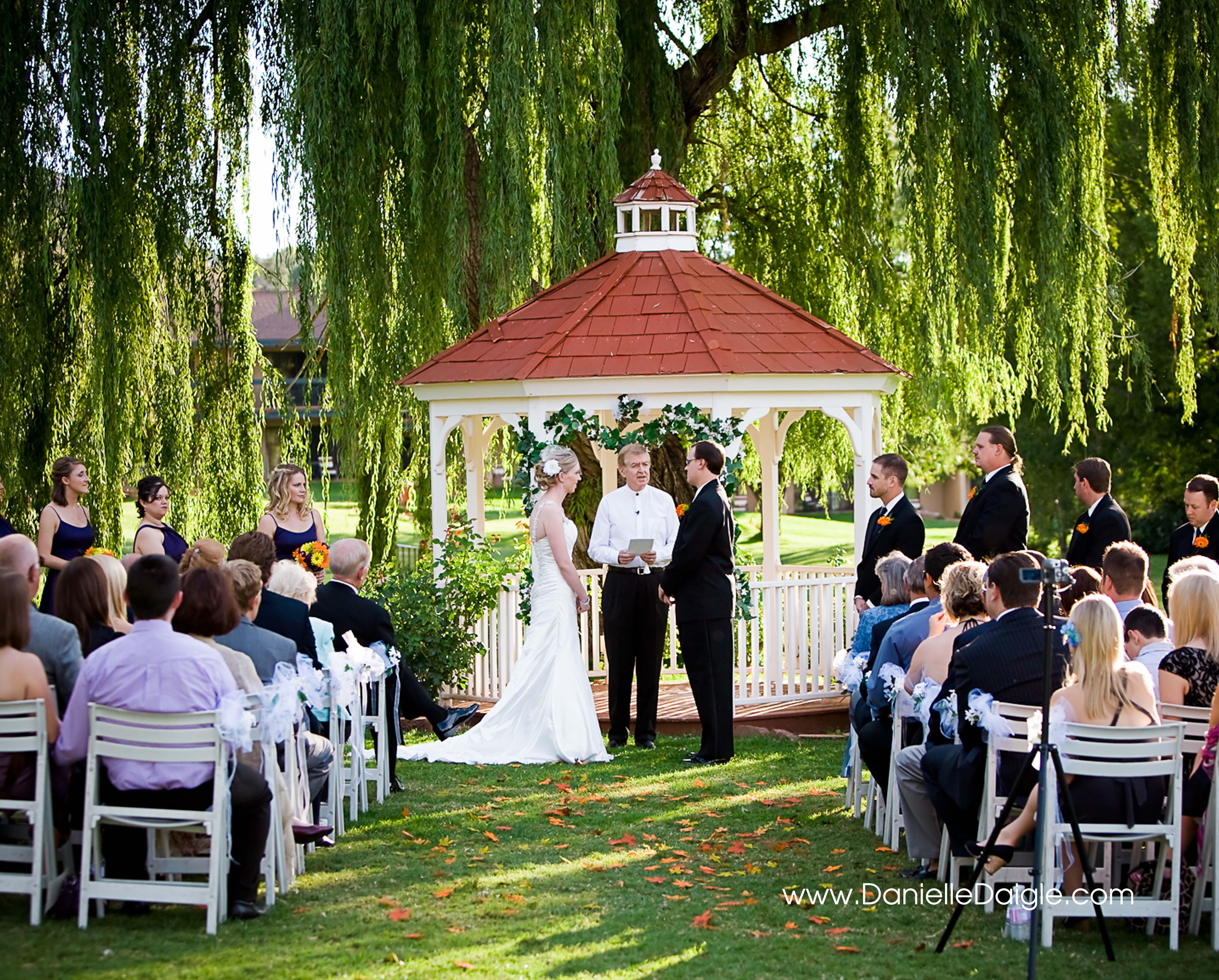 Weddings at poco diablo resort in sedona weddings at poco diablo danielle daigle photography junglespirit Image collections
