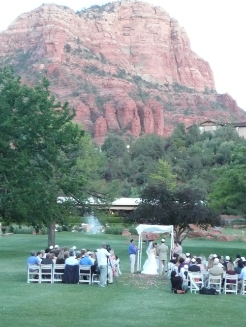 Beautiful Setting for a Sedona Wedding Ceremony