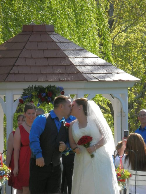 First Kiss as Mr & Mrs